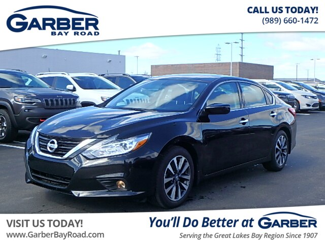 Pre Owned 2017 Nissan Altima 2 5 Sv